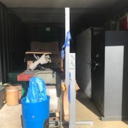 E-Z Storage & Tru - ID 674012