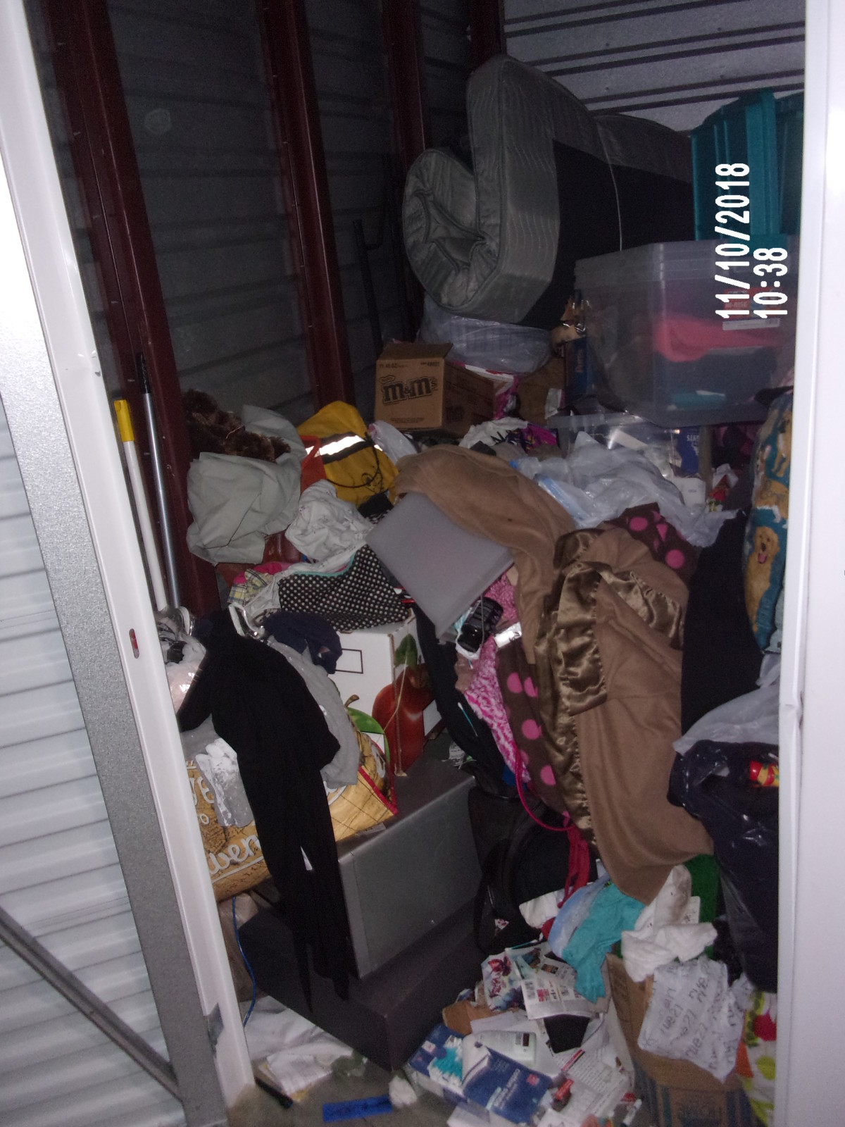 Storage Unit Auction: 679218 | Capitol Heights, MD ...