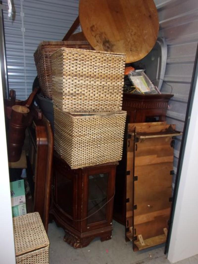 Storage Unit Auction 742127 Norwalk Ct