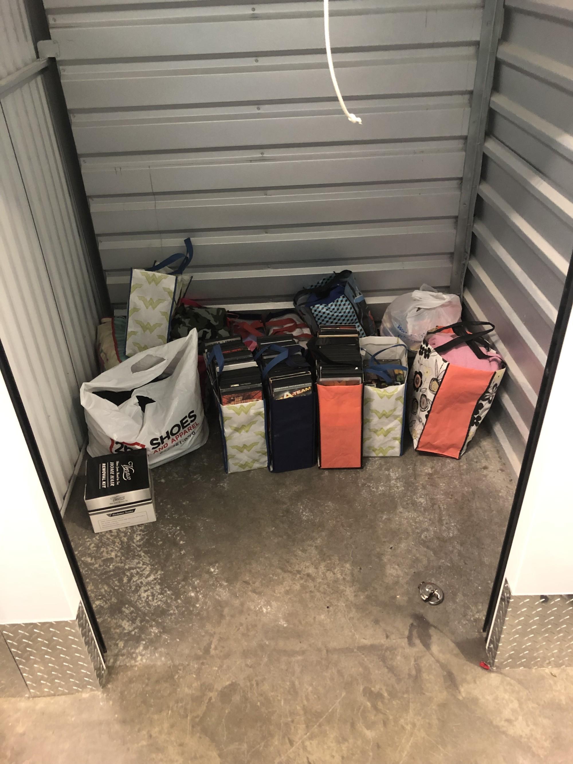 Storage Unit Auction: 786604 | Asheville , NC | StorageTreasures com