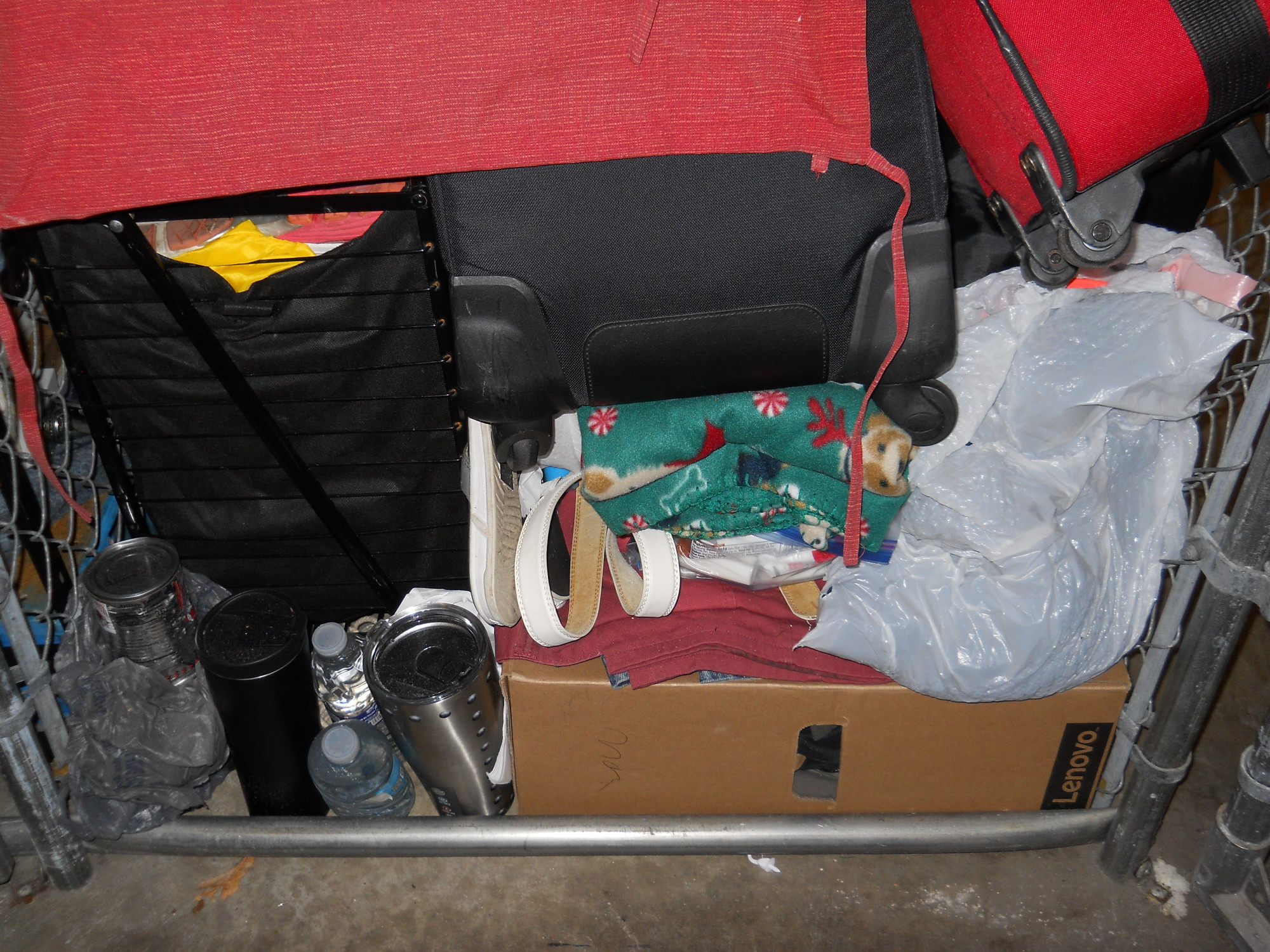 Storage Unit Auction 802424 Clearwater Fl