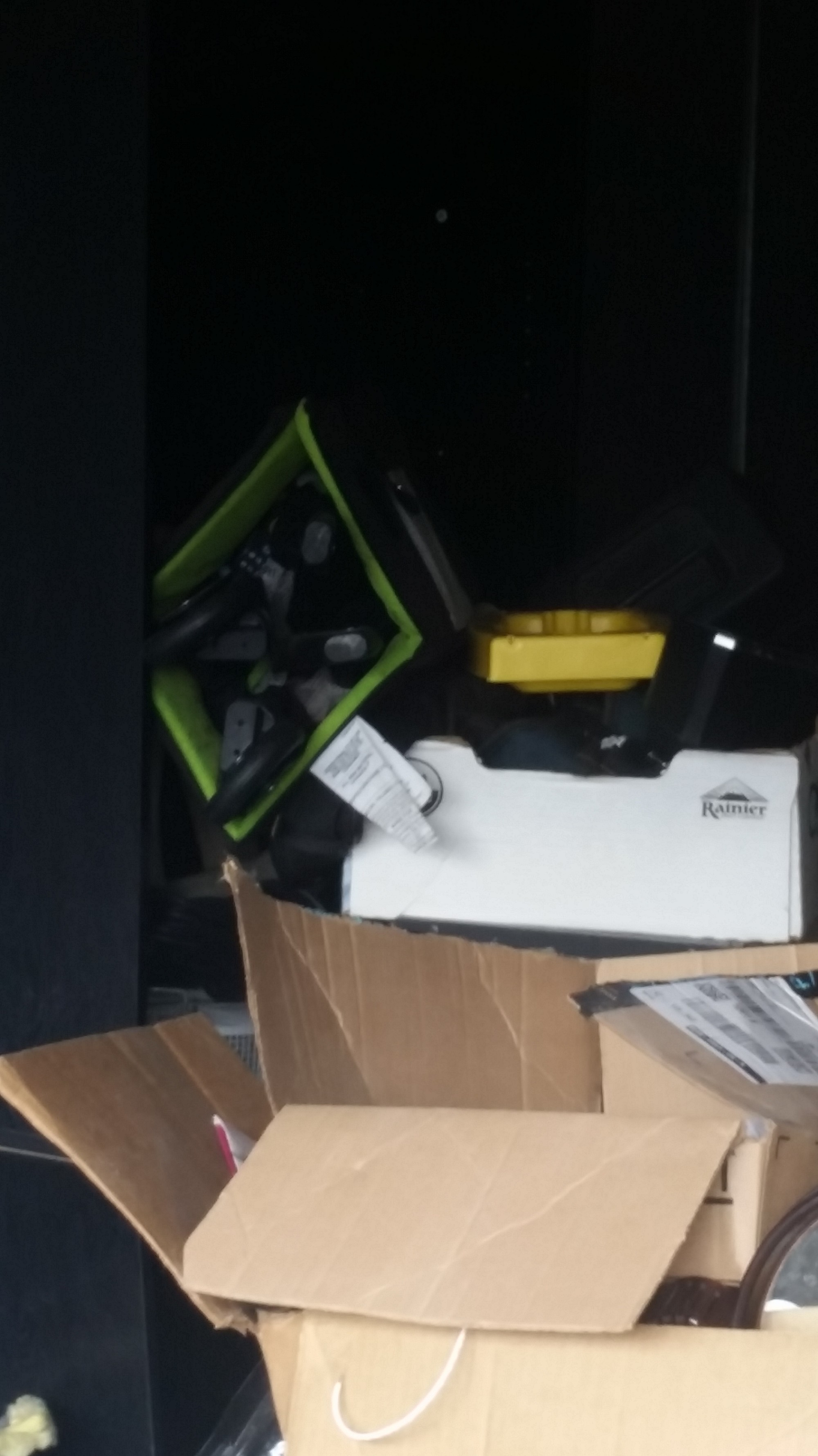 Storage Unit Auction 807524 Tacoma Wa