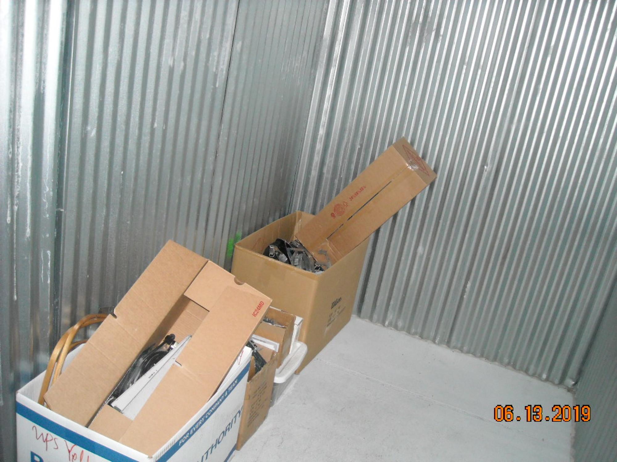 Storage Unit Auction 823190 River Grove Il