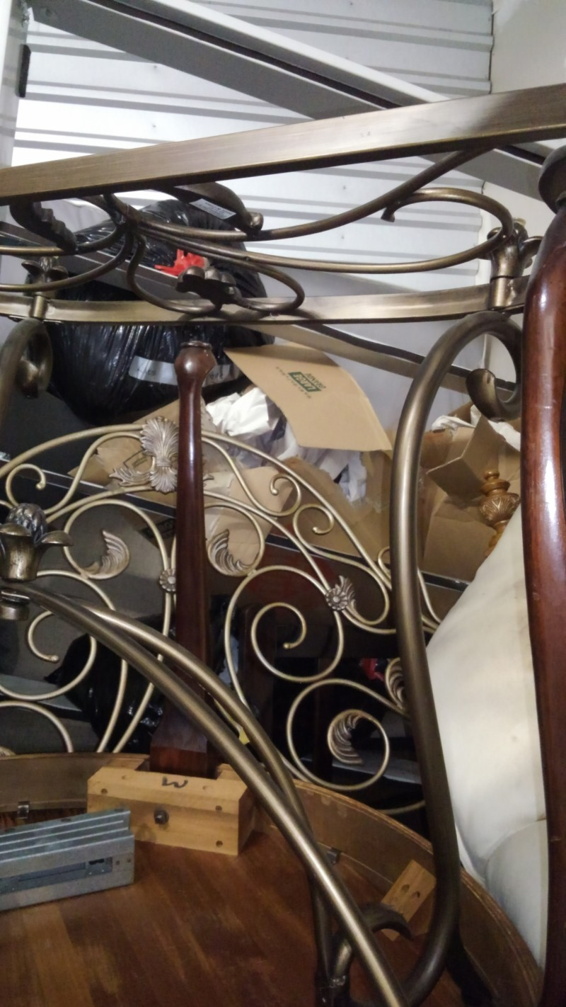 Storage Unit Auction 832622 Sarasota Fl