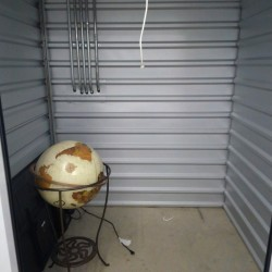 Extra Space Storage - ID 842736