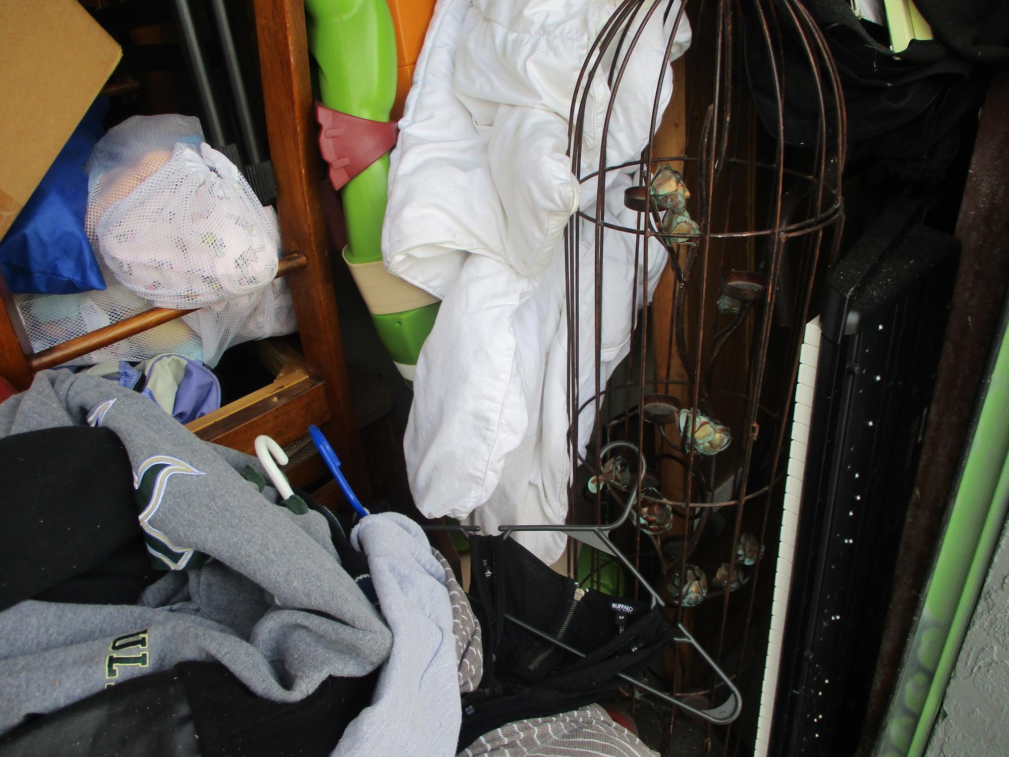 Storage Unit Auction 844613 Sarasota Fl
