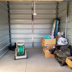Discount Self Storage - ID 848369