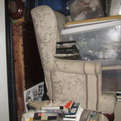 A Self Storage o - ID 878954