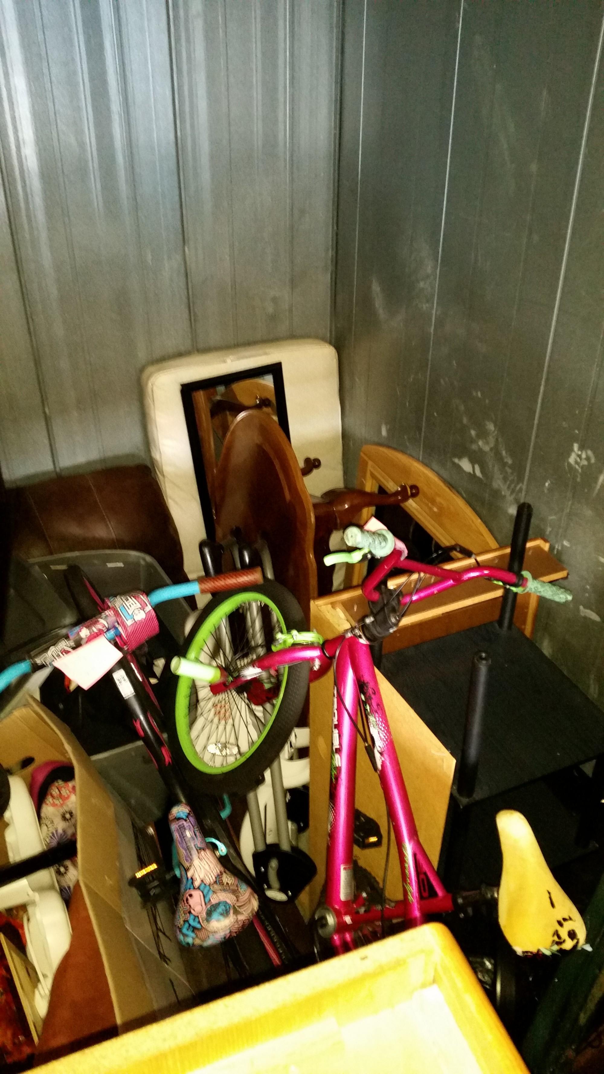 Storage Unit Auction 880432 Tacoma Wa