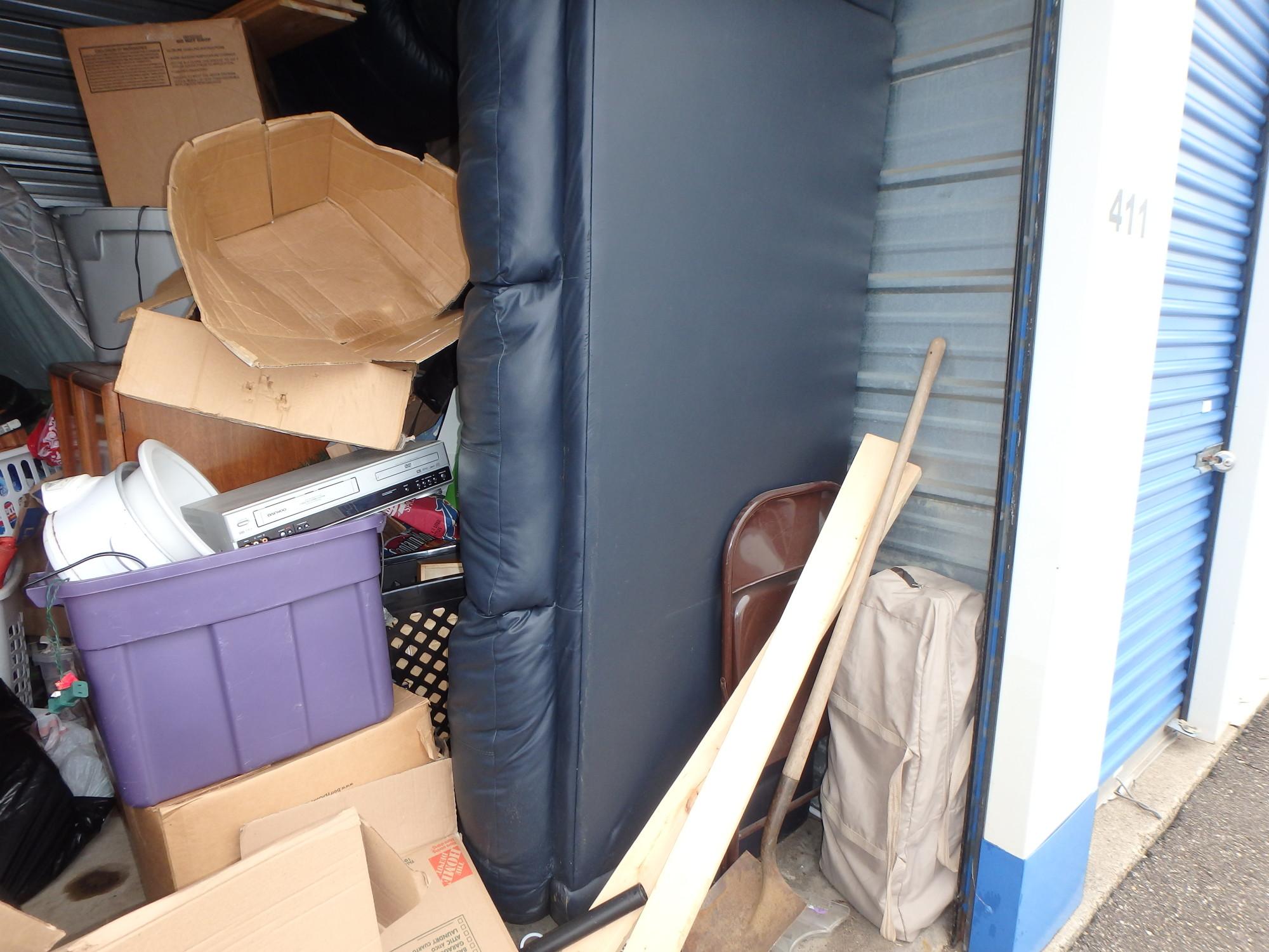 Storage Unit Auction 881571 Cottage Grove Mn