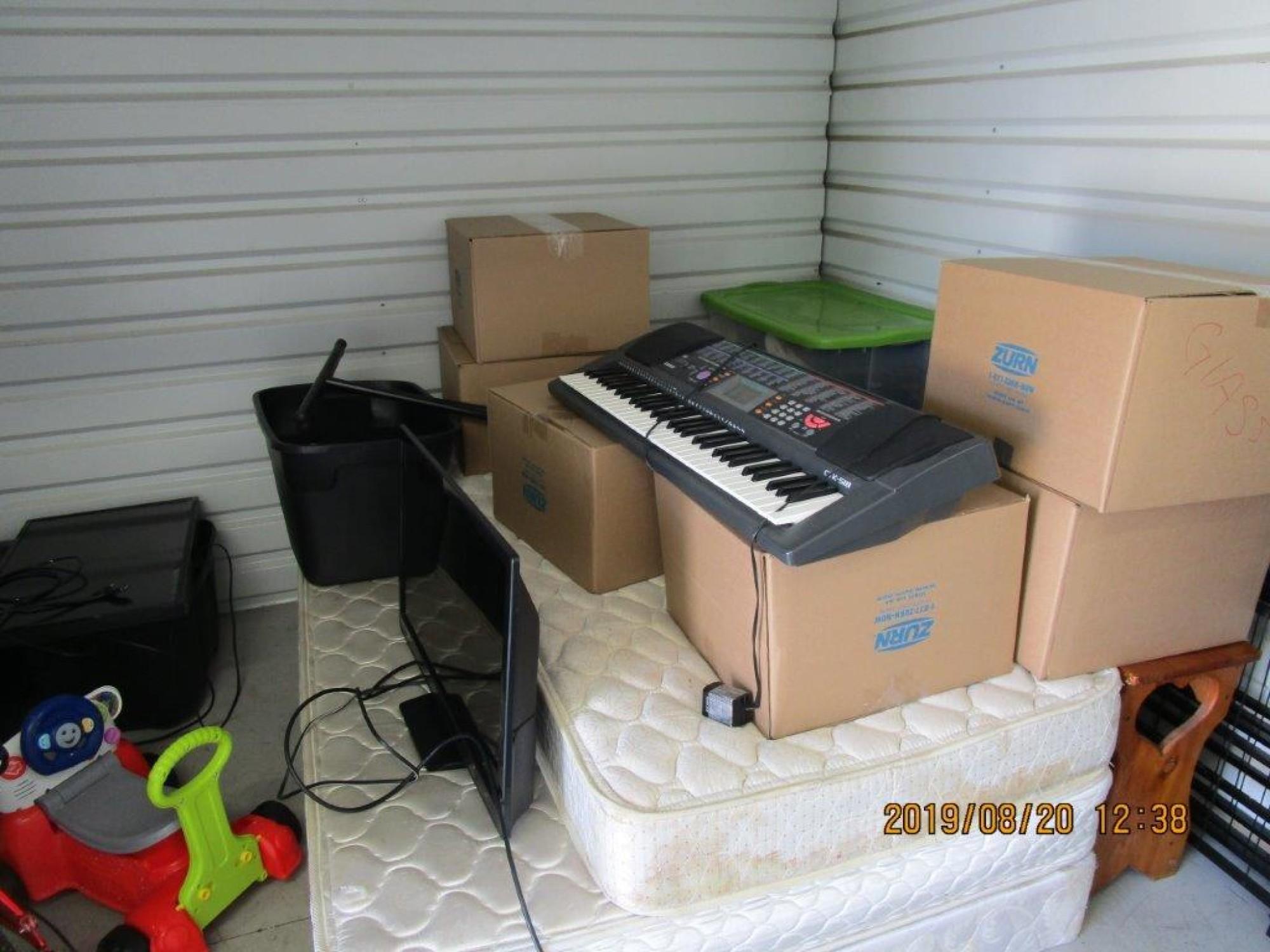 Storage Unit Auction 883799 Stone Mountain Ga
