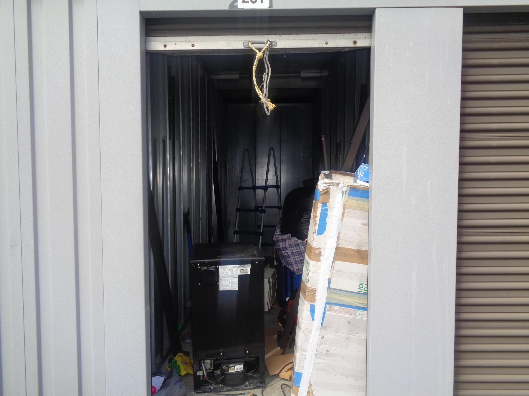 Storage Unit Auction 887221 Cohoes Ny