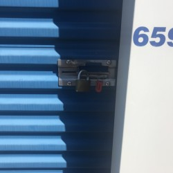 Snapbox Self Storage  - ID 889410