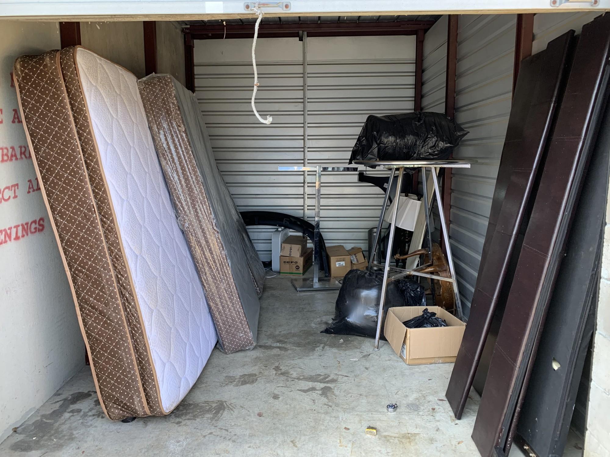 Storage Unit Auction 893731 Memphis Tn