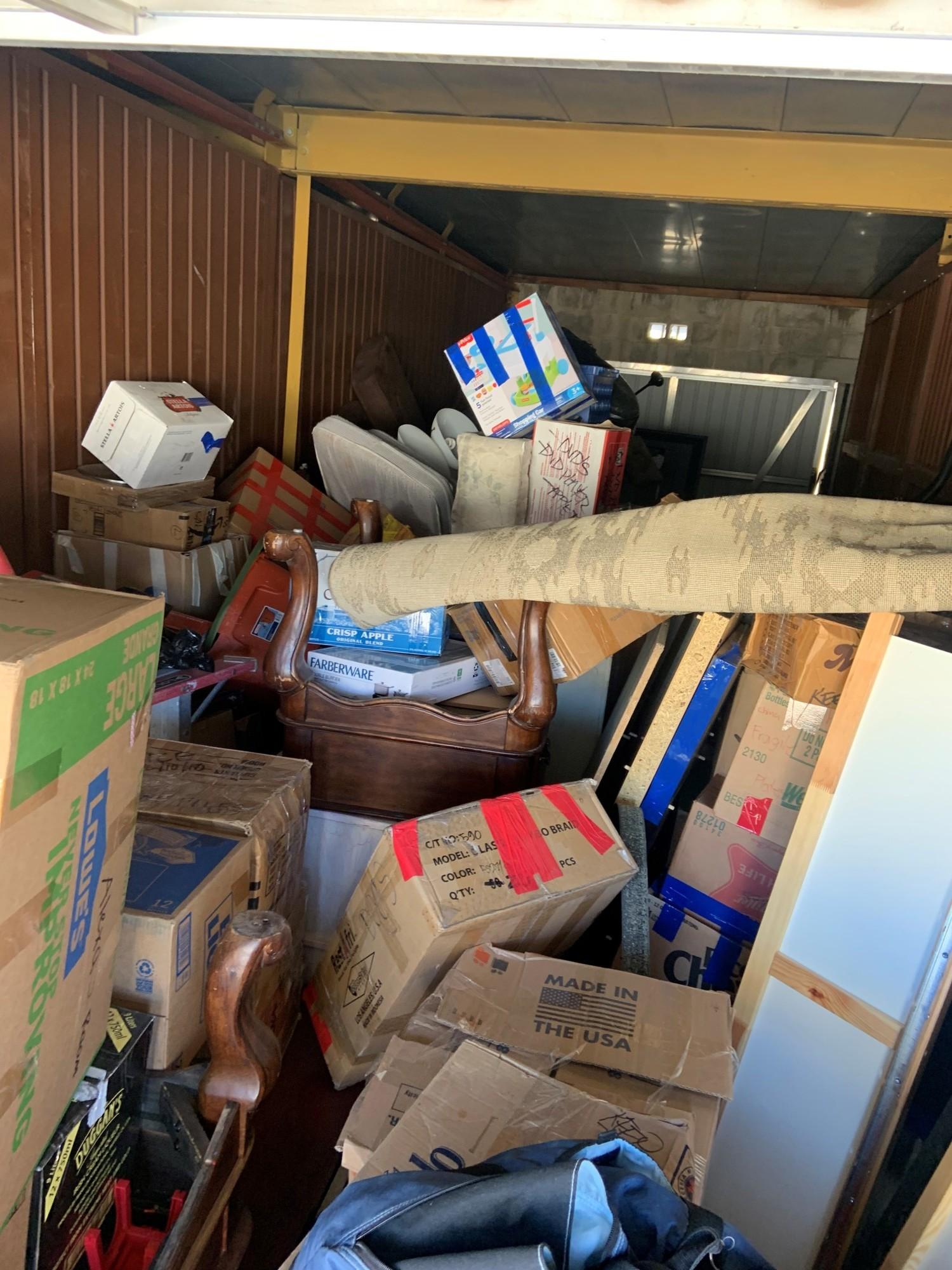 Storage Unit Auction 894269 Palmdale Ca