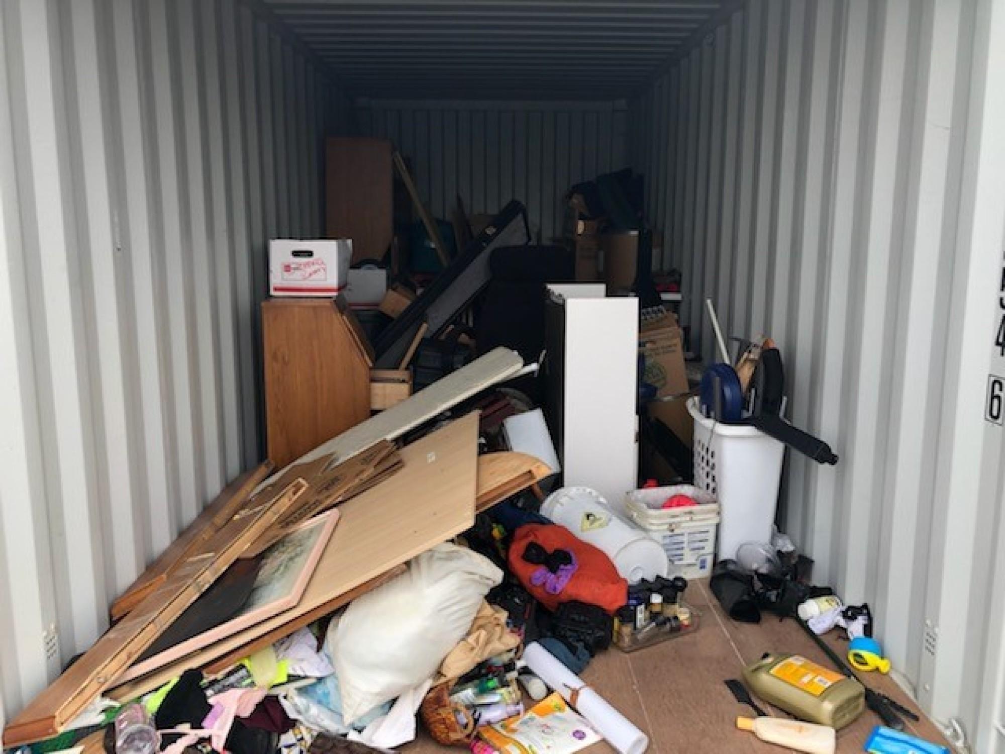 Storage Unit Auction 898258 Bloomington Ca