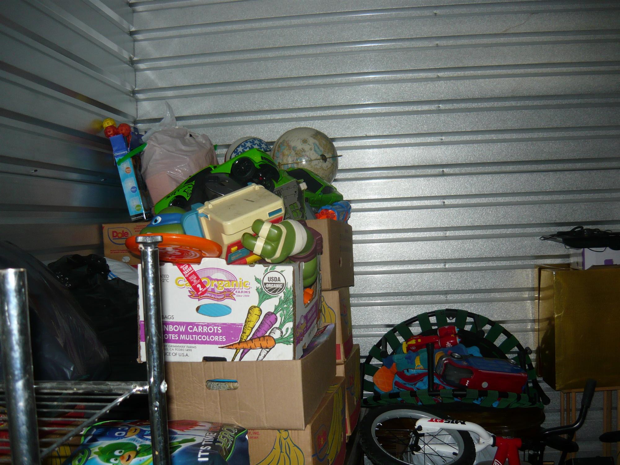 Storage Unit Auction 900974 Kent Wa Storagetreasures Com