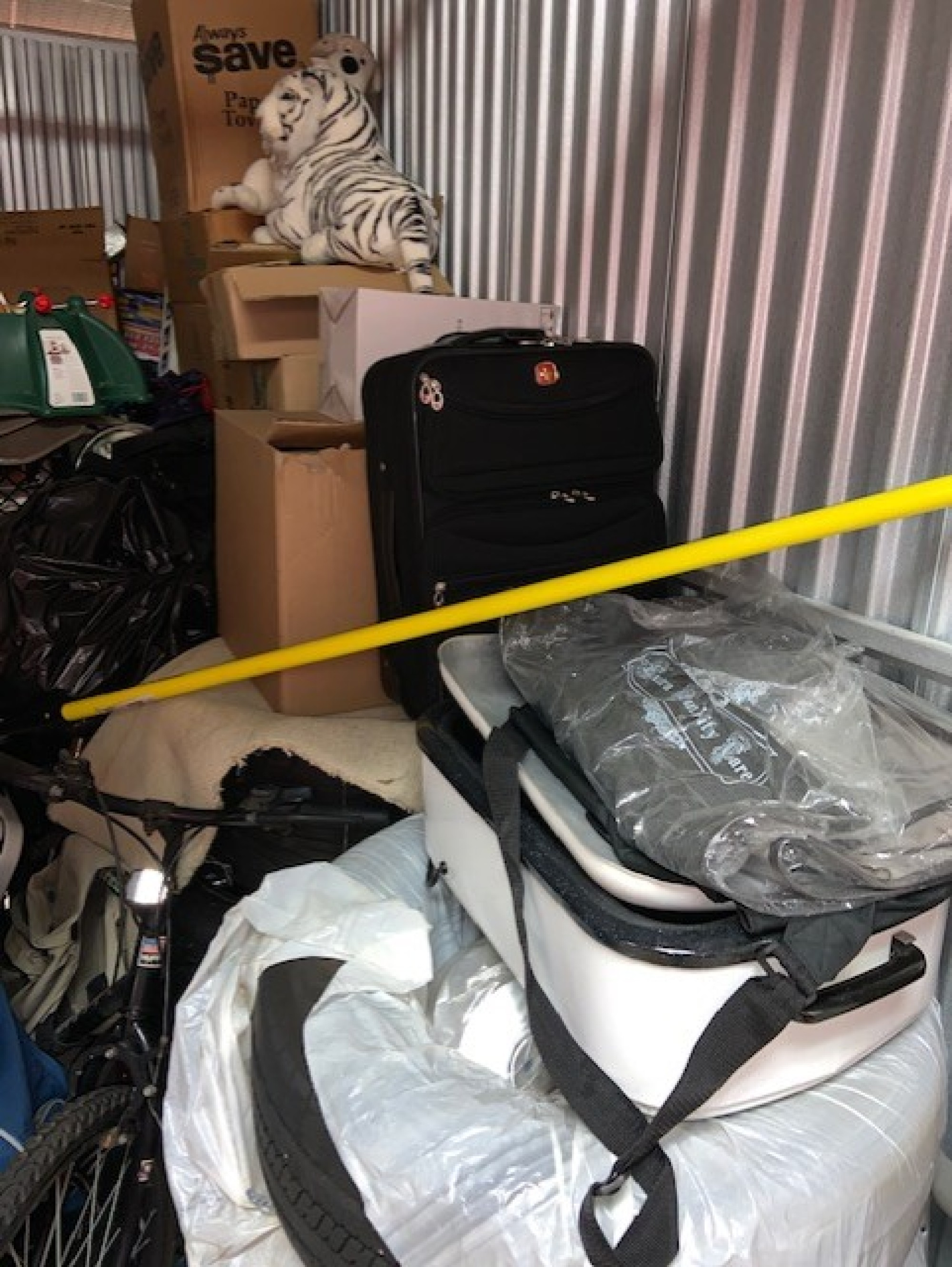 Storage Unit Auction 910667 Chicago Heights Il