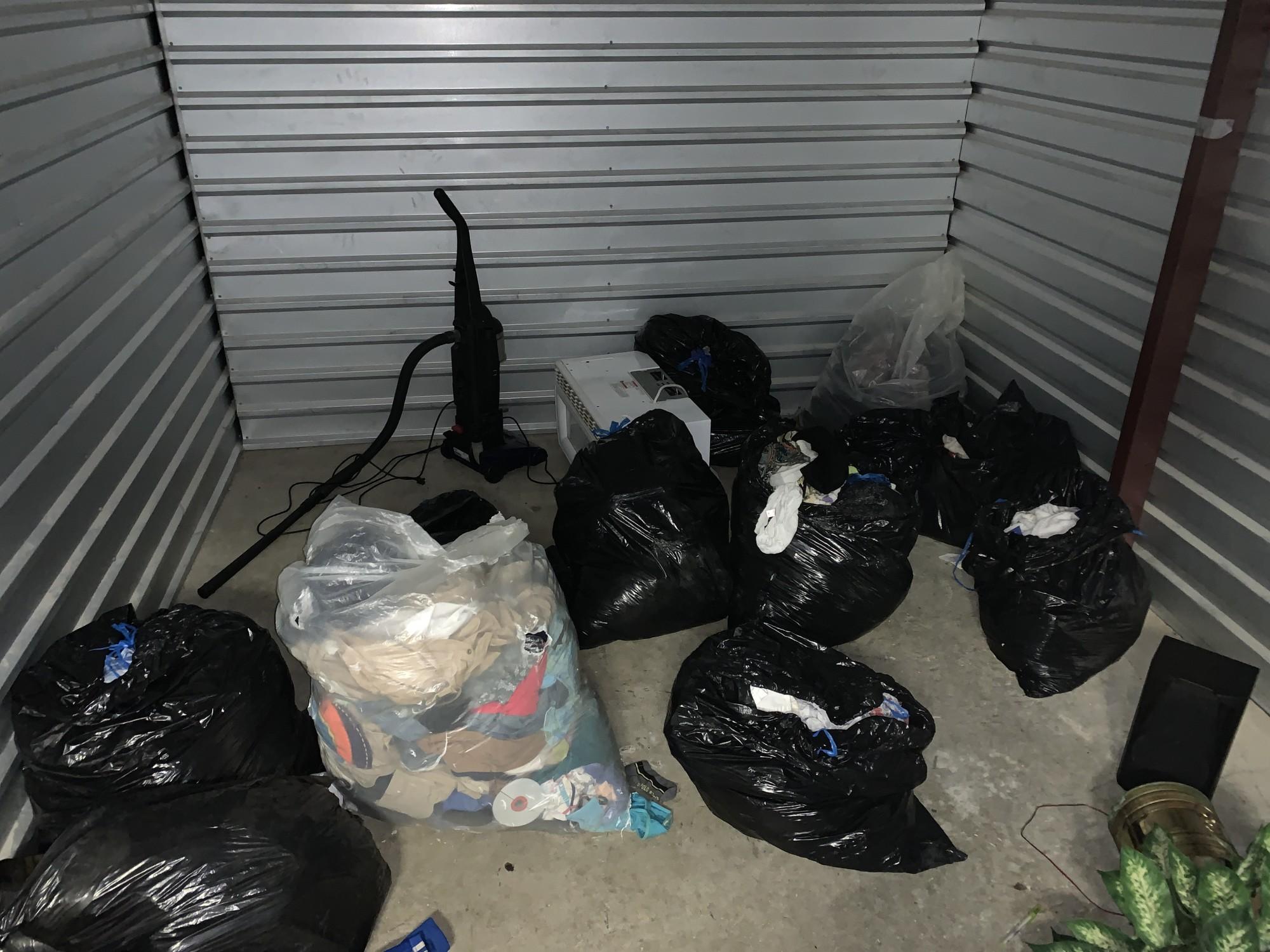 Storage Unit Auction 922212 Memphis Tn