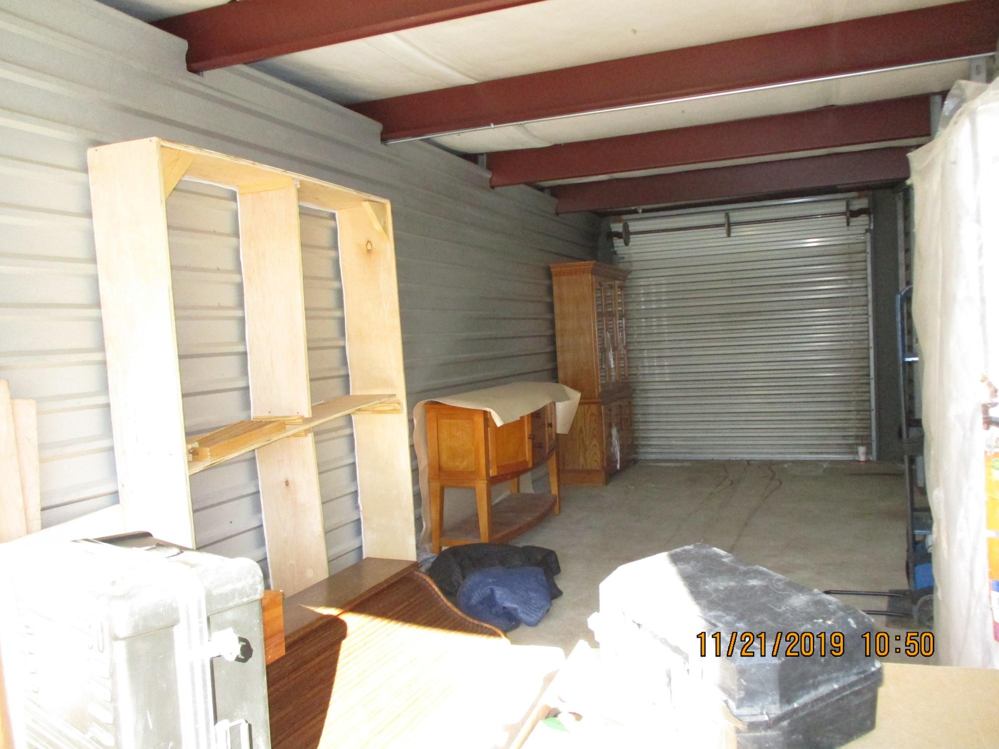 Storage Unit Auction 964330 Lithia Springs Ga Storagetreasures Com