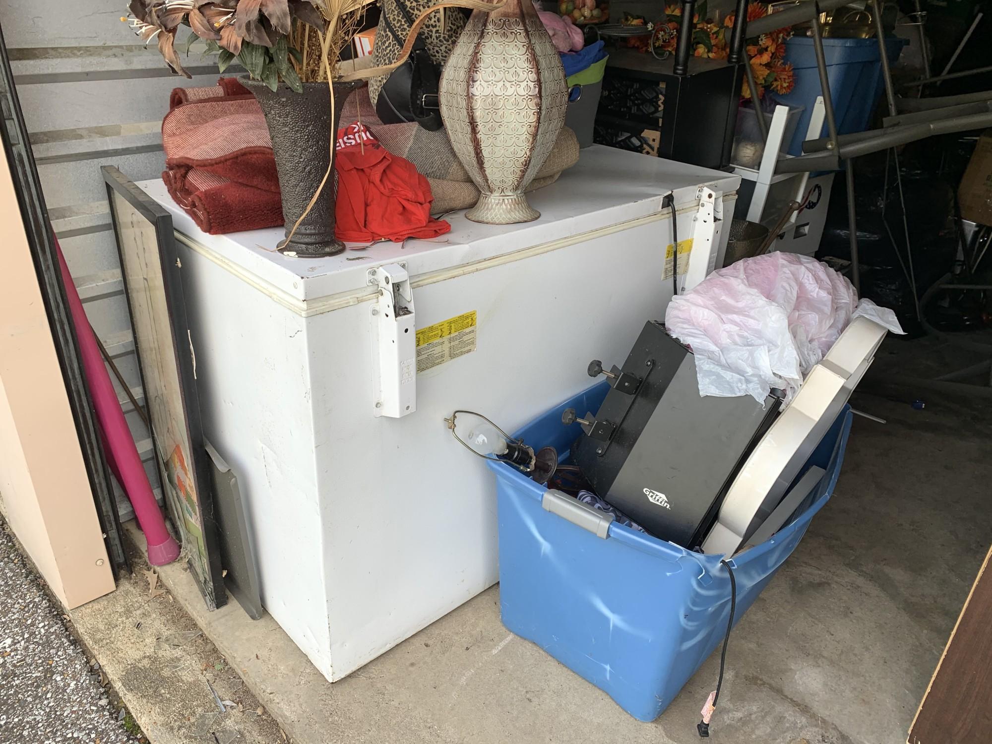 Storage Unit Auction 973934 Memphis Tn