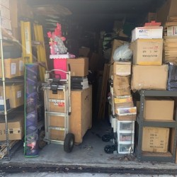 Extra Space Storage - ID 977437