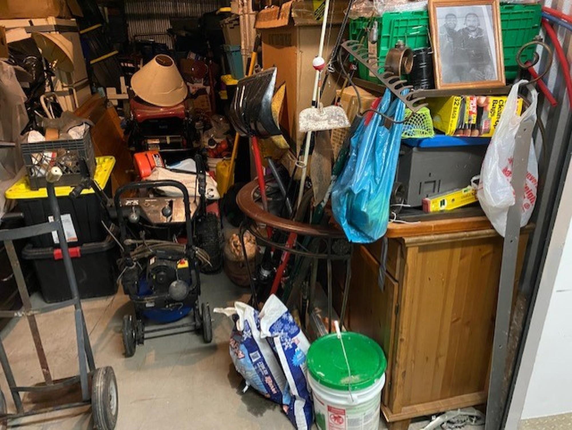 Storage Unit Auction 997921 Newark Nj