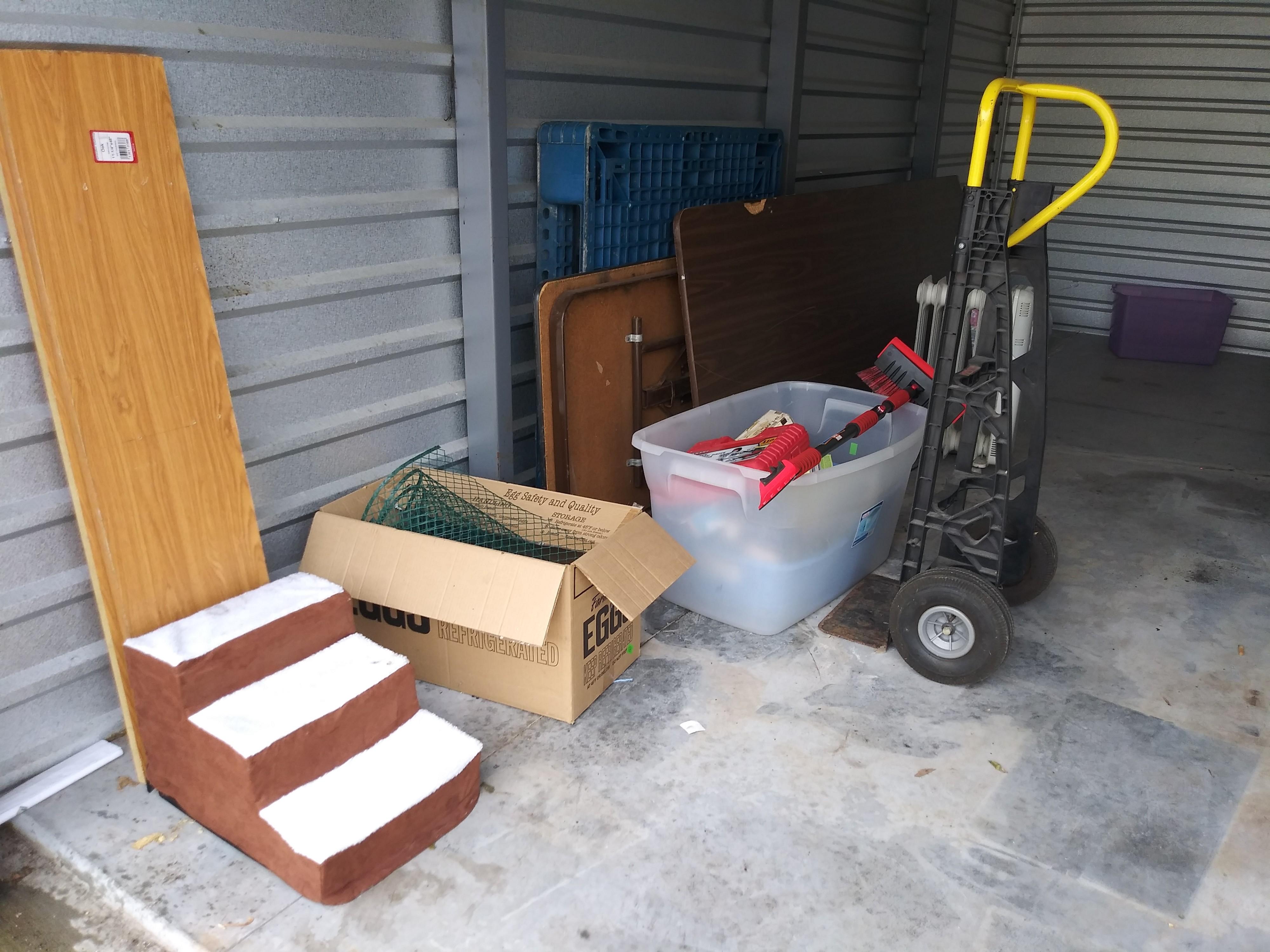 Storage Unit Auction: 1108911 | Joliet, IL ...
