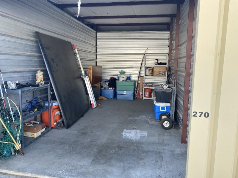 Storage Unit Auction 1108932 Ukiah Ca