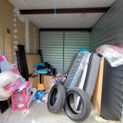 Extra Space Storage - ID 1385861
