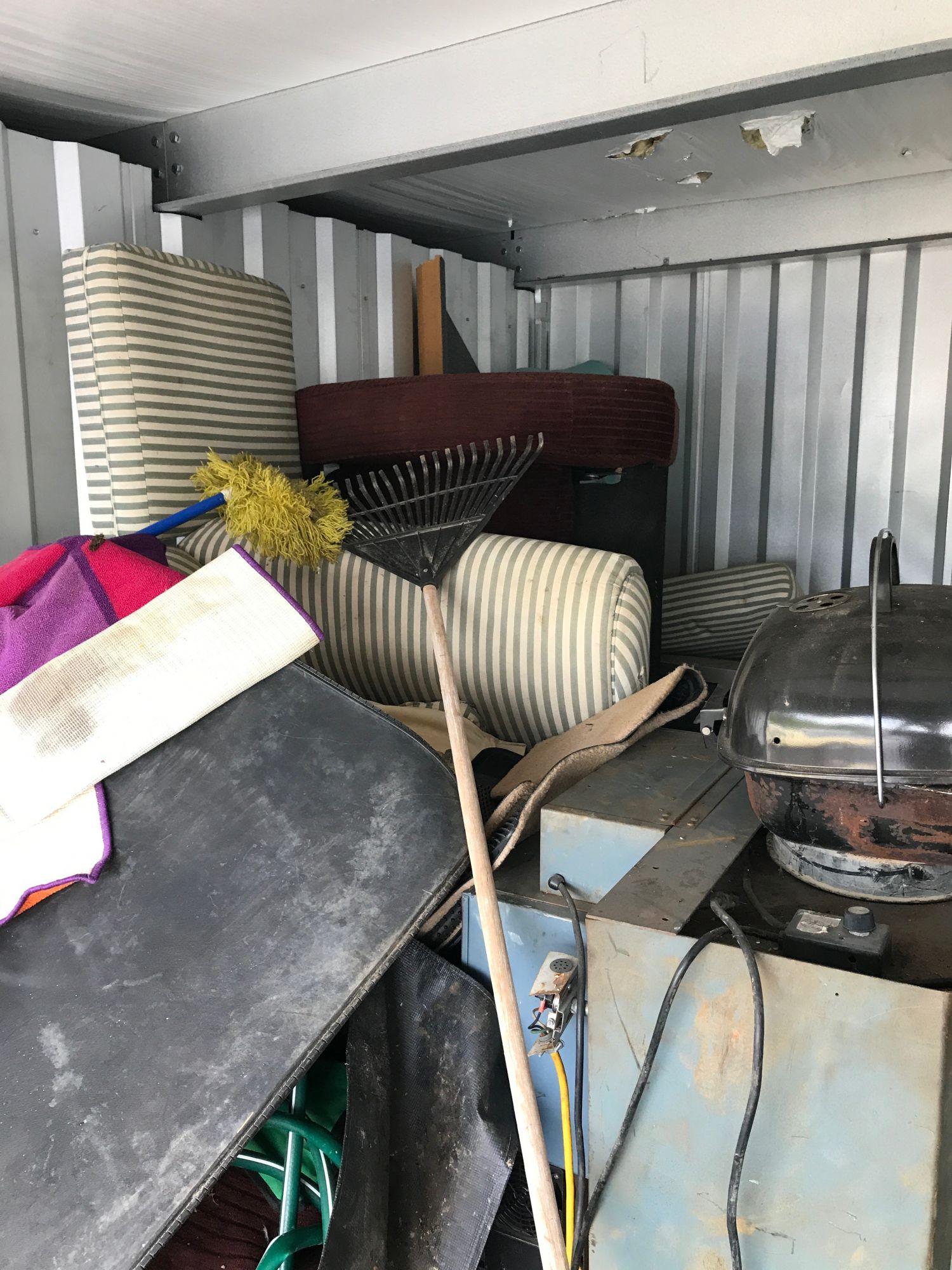storage unit auctions in harrisonburg va dandk organizer. Black Bedroom Furniture Sets. Home Design Ideas