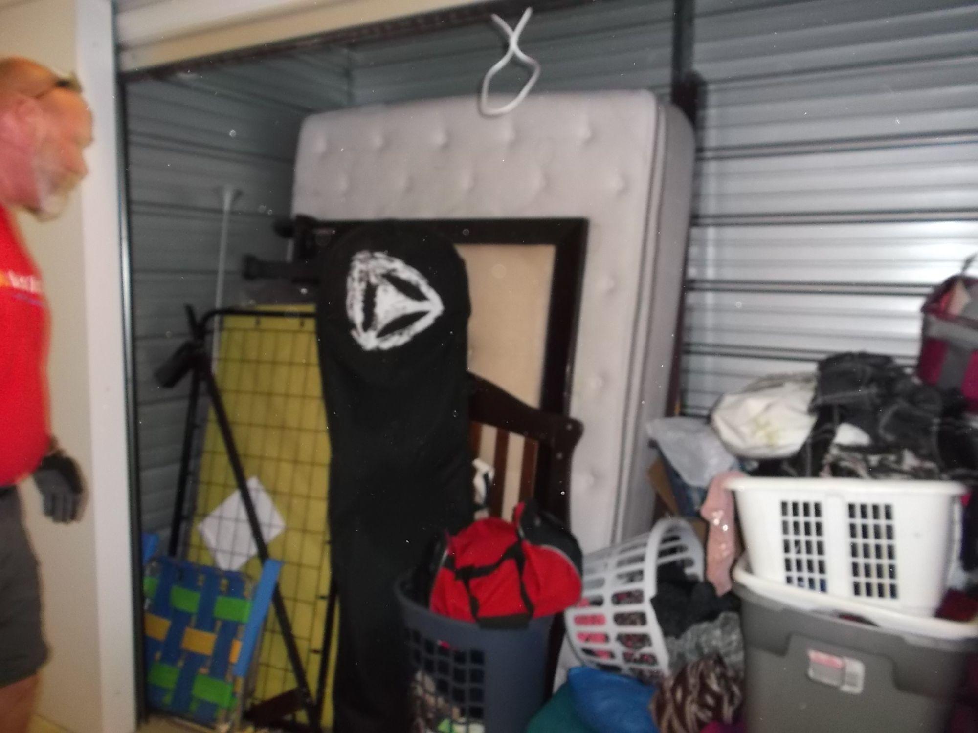 Hover or click & Storage Unit Auction: 422658 | Elk Grove CA | StorageTreasures.com