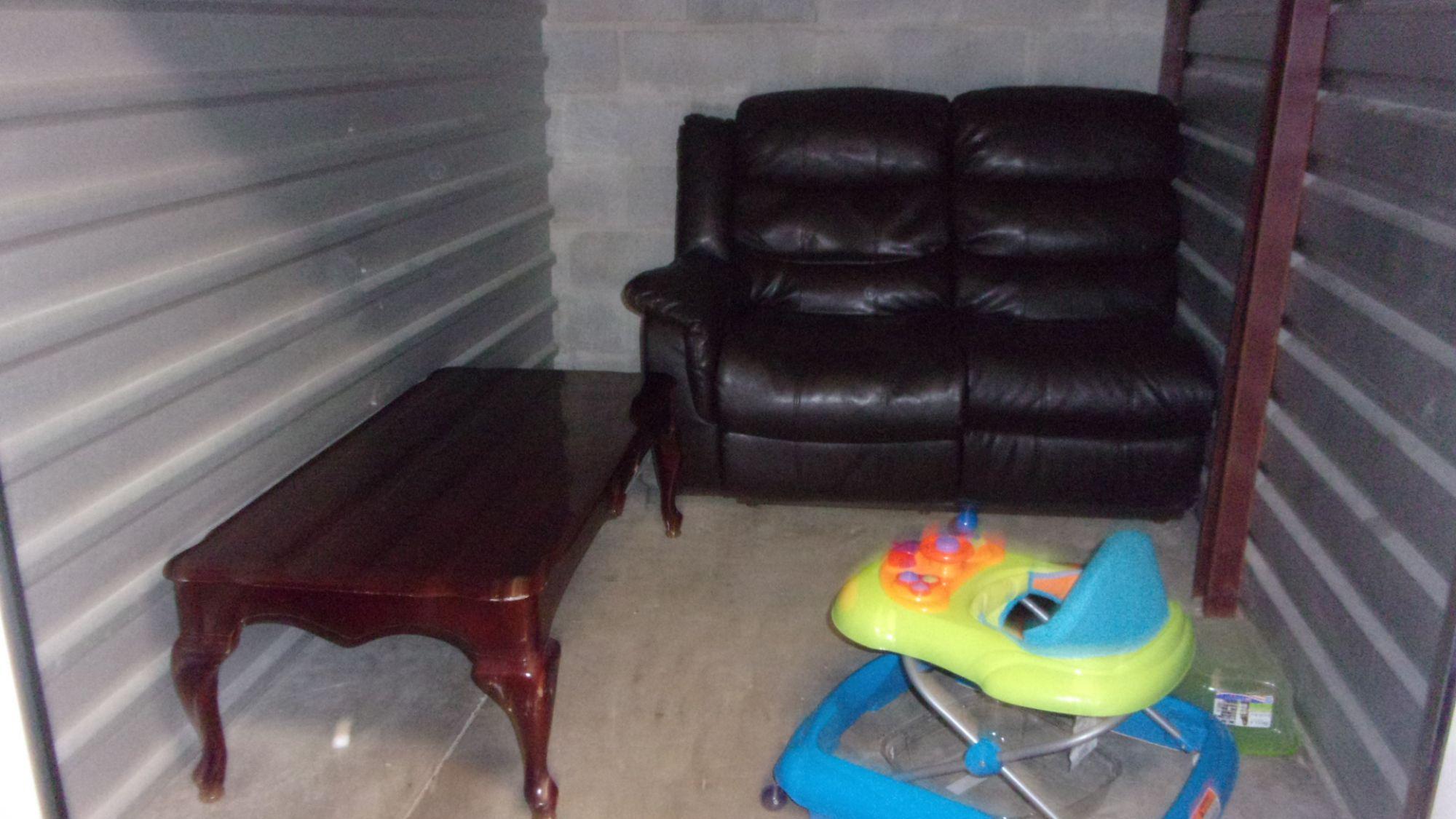 Hover or click & Storage Unit Auction: 434579 | WEST PALM BEACH FL ...