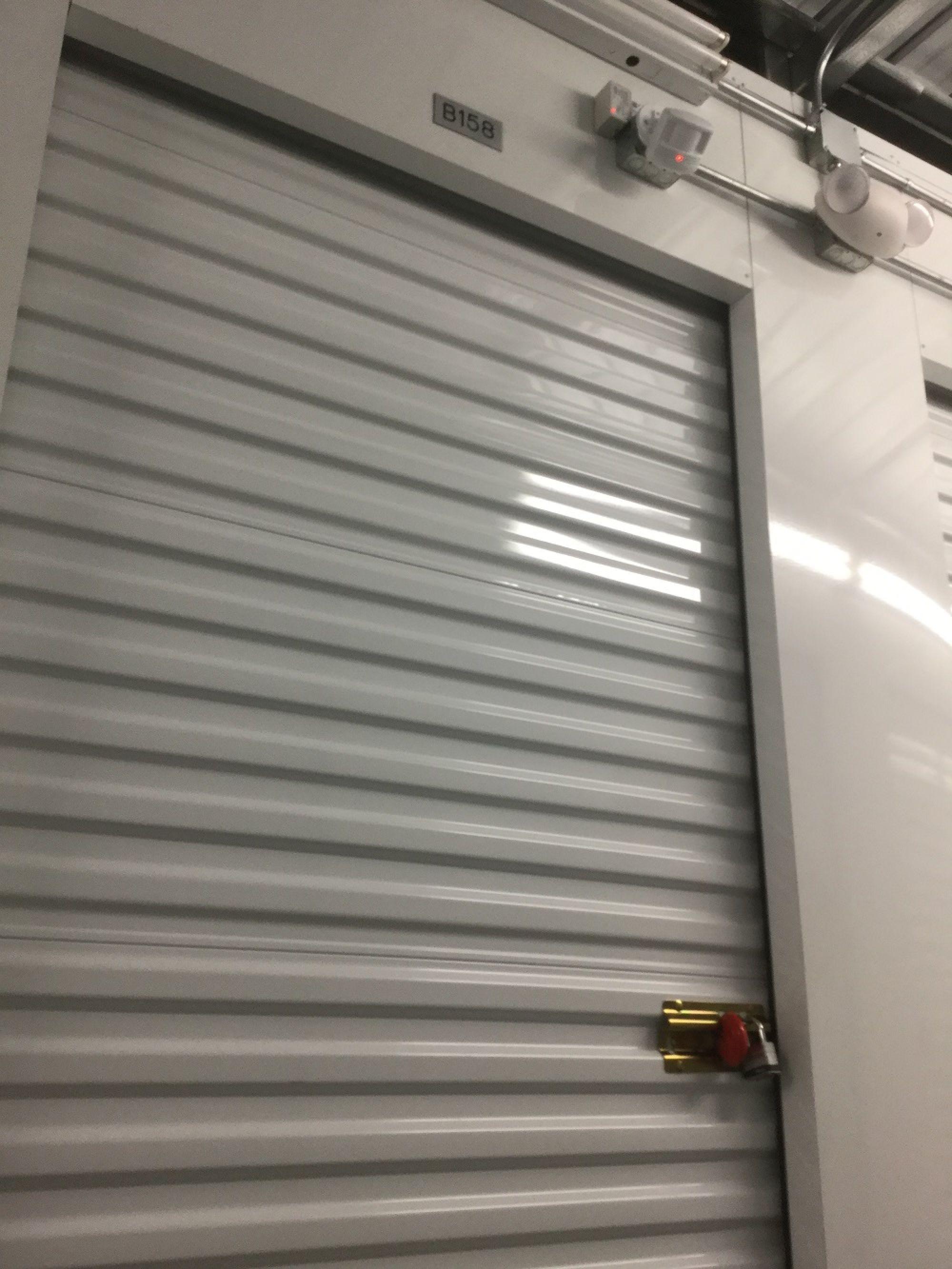 Storage Unit Auction 437905 Vallejo Ca