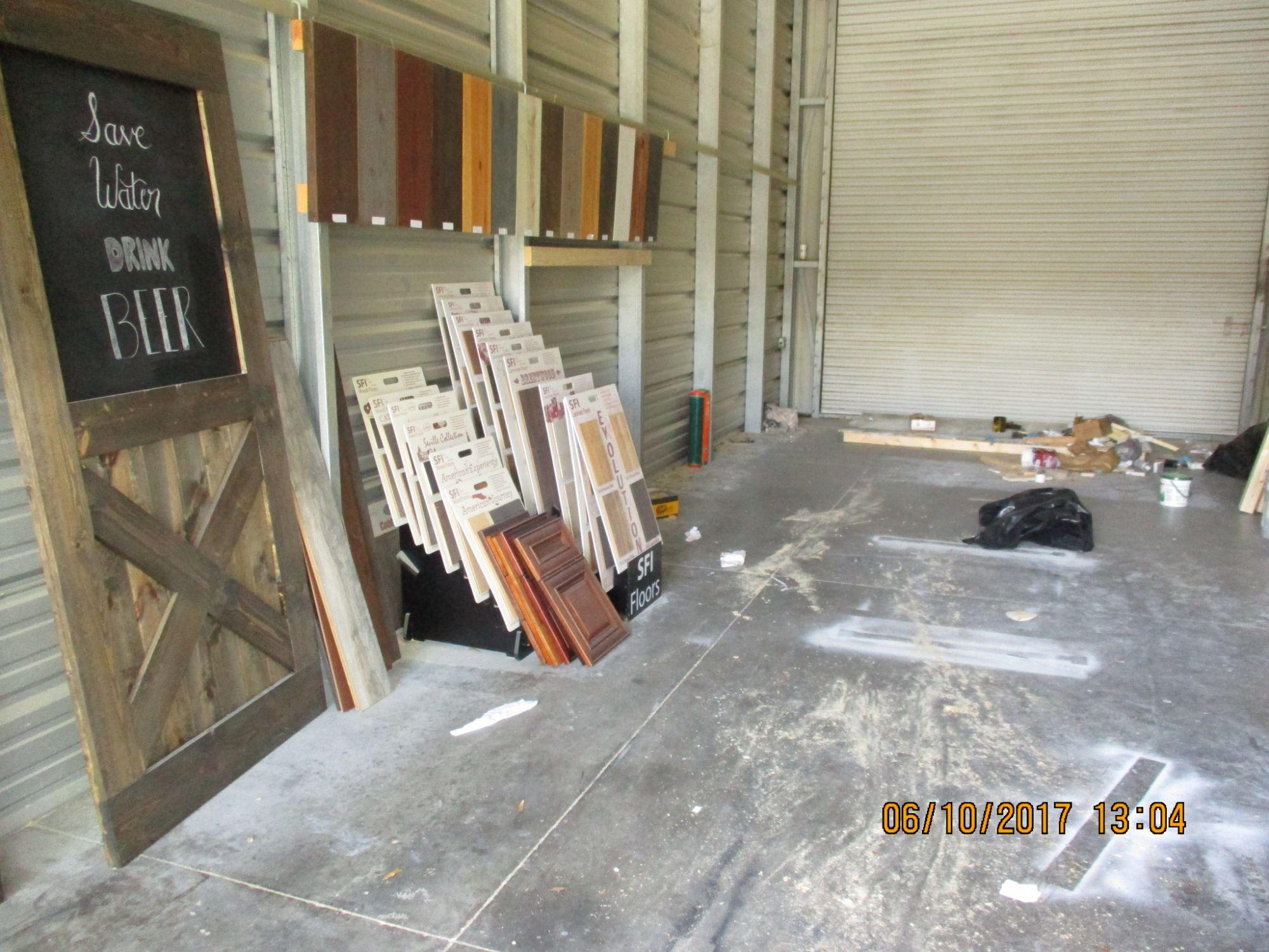 Storage Unit Auction 446252 Orlando Fl