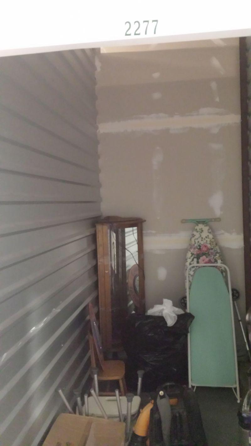& Storage Unit Auction: 448531 | Fort Mill SC | StorageTreasures.com