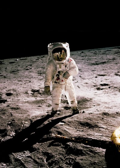 history in hd e5eDHbmHprg unsplash 2 - Technology has made Apollo Moon Missions better, Thanks for Apollo Moon Missions