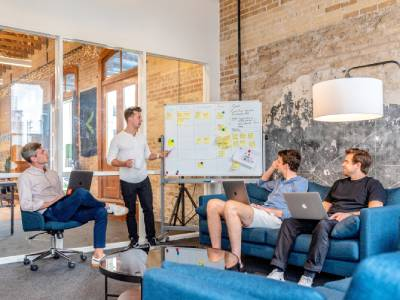 employee 1 - How SaaS is Changing the Way of Work