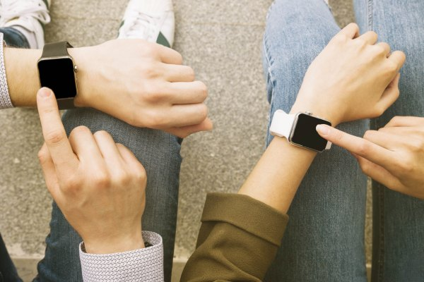 Smartwatch - Using IoT Solutions for Effective Advertising