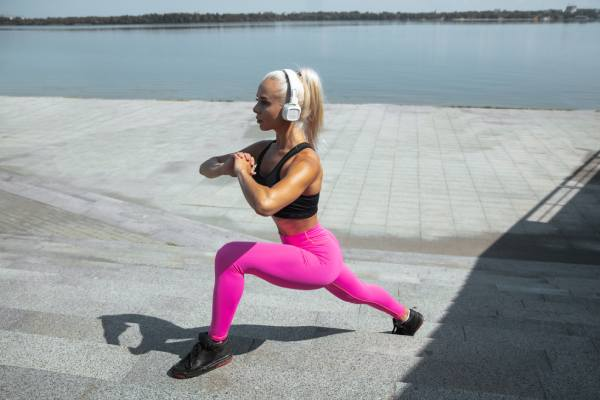 Lunge - Top 7 Strength Training Exercises For Women