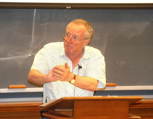 Journalist ROBERT FISK speaks at the Law School yesterday on the problems with the media's coverage of Middle-Eastern affairs.