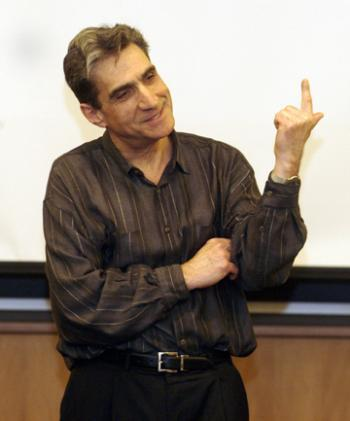 Former national poet laureate ROBERT PINSKY discusses his film's portrayal of America through poetry with students at Lamont Library yesterday