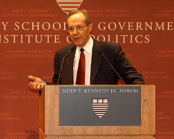 Former U.S. Secretary WILLIAM J. PERRY spoke to a capacity crowd at  the newly rededicated JFK Jr. Forum last night.