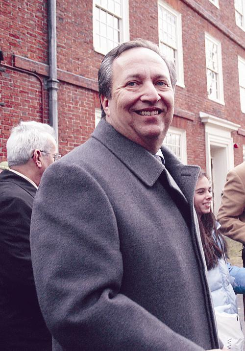 """University President Lawrence H. Summers emerged from his office yesterday to speak to a crowd of supporters and members of the media. """"This has not been a simple day in my life,"""" Summers began."""