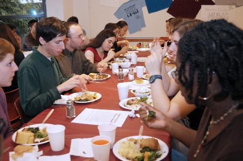Students dine in Harvard Hillel's dining hall. The campus organization has fallen short of its fundraising goal, raising less than 15 percent of the total amount that it sought.