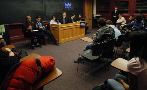 REPUBLICAN STUDENTS LEAD MOCK DEBATE