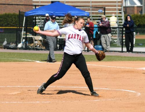 Sophomore Dana Roberts and senior Amanda Watkins combined for a three-hit shutout win in game two against Brown yesterday. The win clinched the team's second consecutive Ivy League North Divison title and came on the heels of the Crimson's 7-6 loss to the