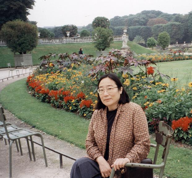 Rosanna Yamagiwa Alfaro '60 is a writer and playwright.