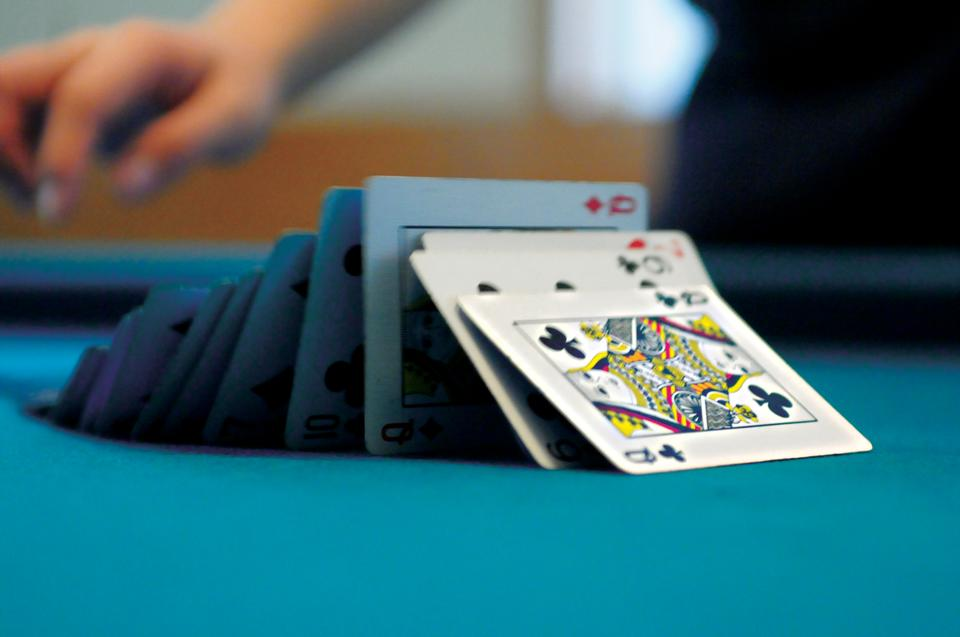 FM investigates the lucrative possibilities of professional poker playing on Harvard's campus.