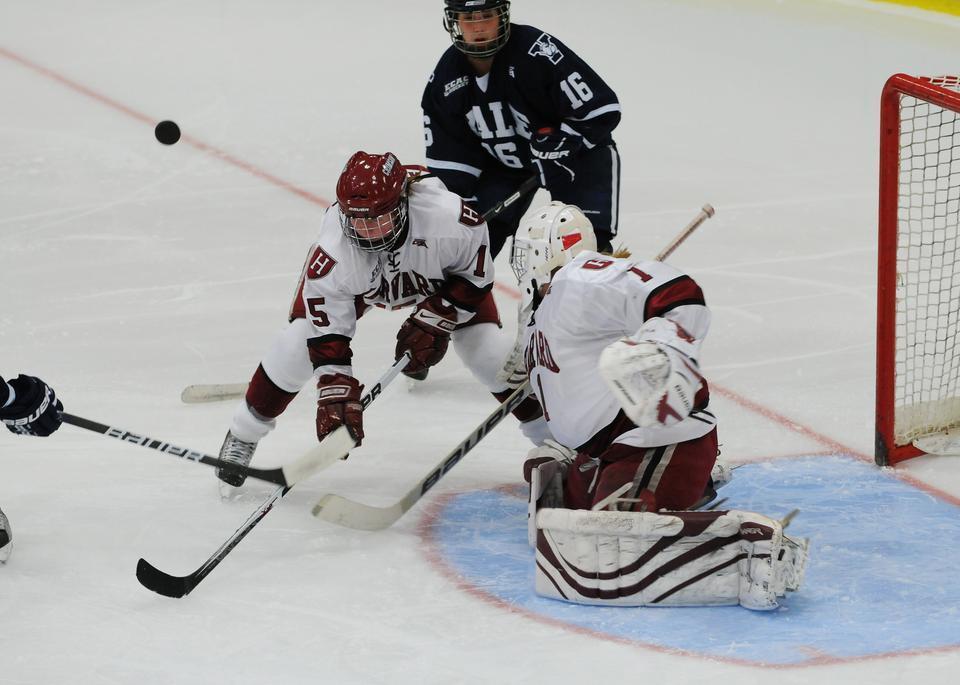 Harvard senior Katharine Chute playing against Yale on Oct. 29.